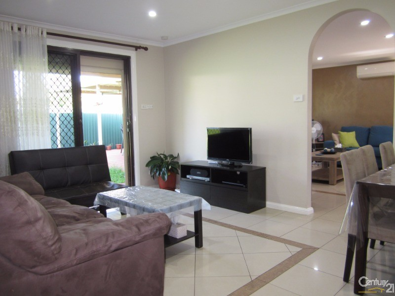 Villa for Sale in Bossley Park NSW 2176