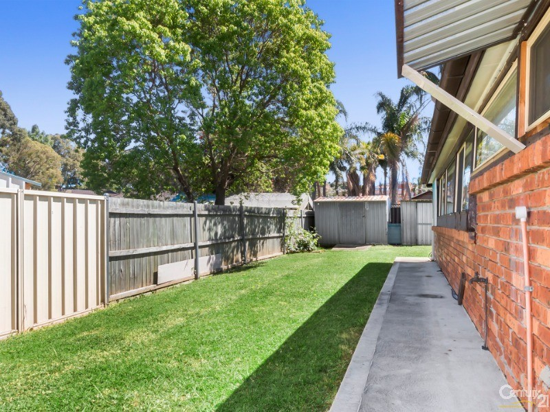 3 Yass Close, Bossley Park - House for Sale in Bossley Park