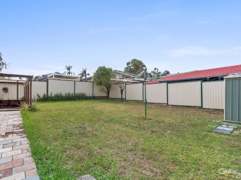 27 Tuncurry Street, Bossley Park - House for Sale in Bossley Park