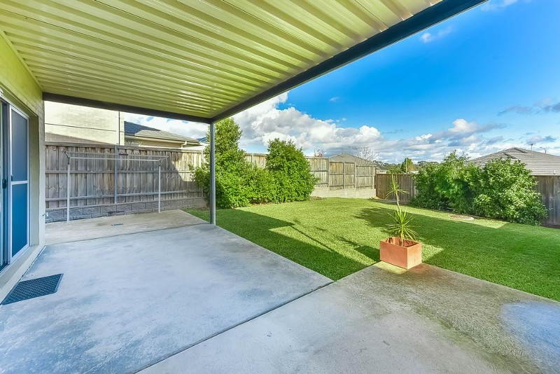 5 Tanner Close, Spring Farm - Townhouse for Sale in Spring Farm