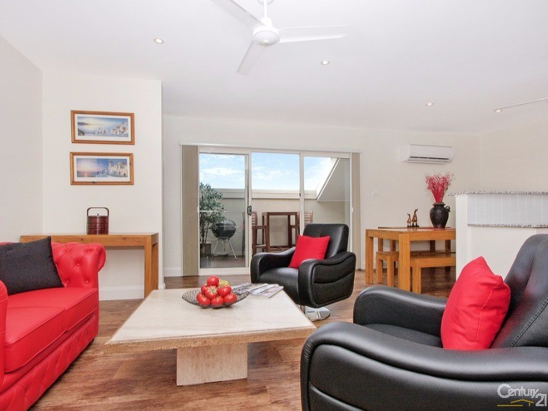 Living to Patio - 91/5 Empire Circuit, Forrest - Apartment for Sale in Forrest