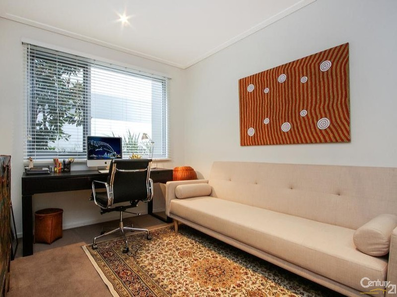 115/15 Coranderrk Street, City - Apartment for Sale in City
