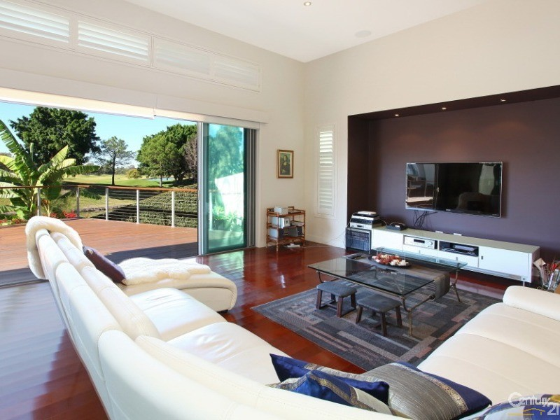 2025 The Boulevarde, Benowa - House for Sale in Benowa