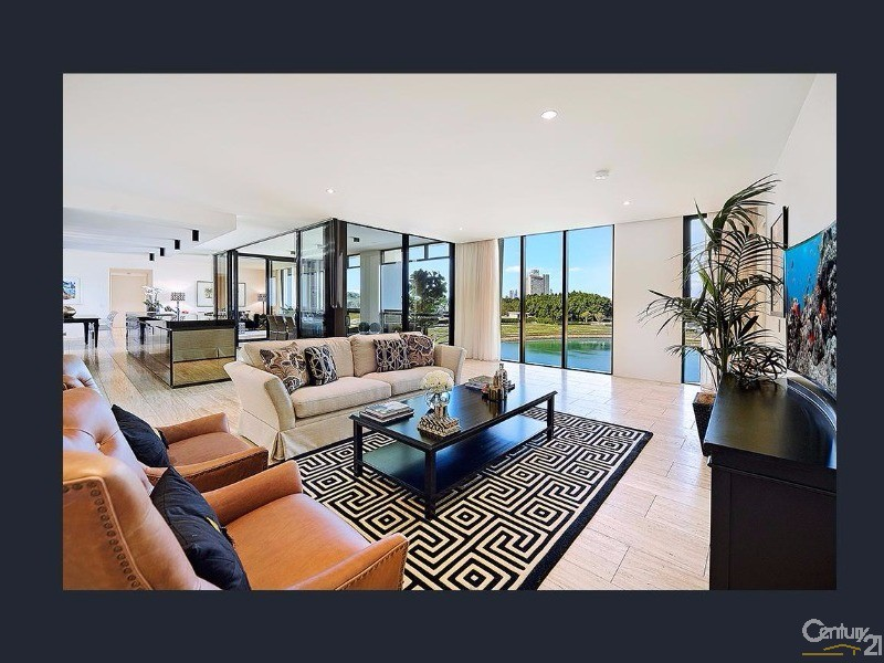 1 Marina Drive, Benowa - Apartment for Sale in Benowa