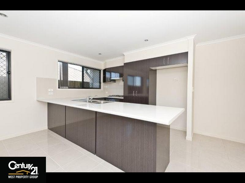 6 Hume Circuit, Warner - House for Rent in Warner