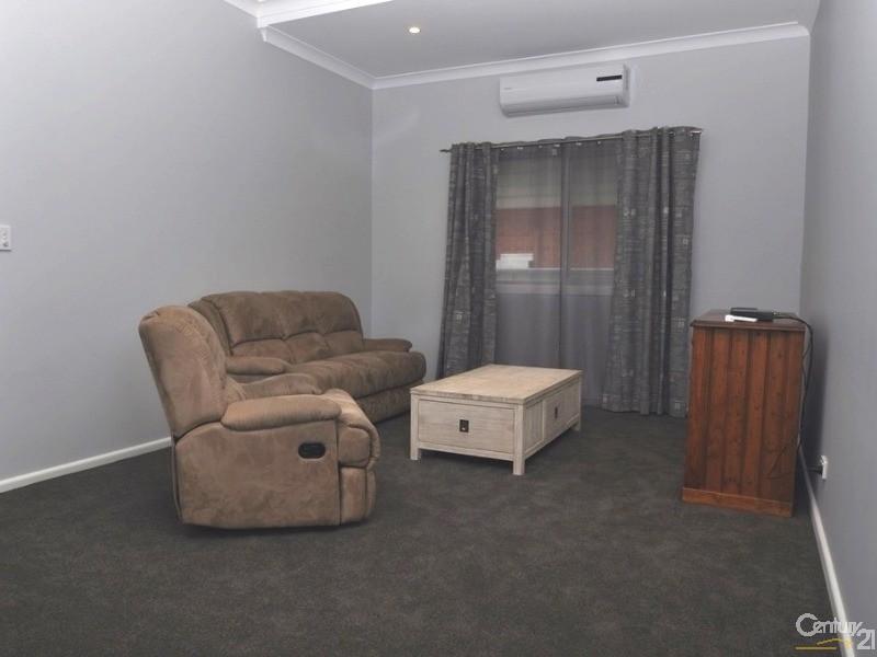 126 Wingewarra Street, Dubbo - House for Rent in Dubbo