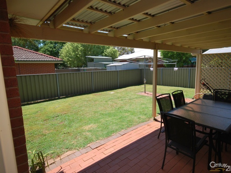 111 Murrayfield Drive, Dubbo - Duplex for Sale in Dubbo