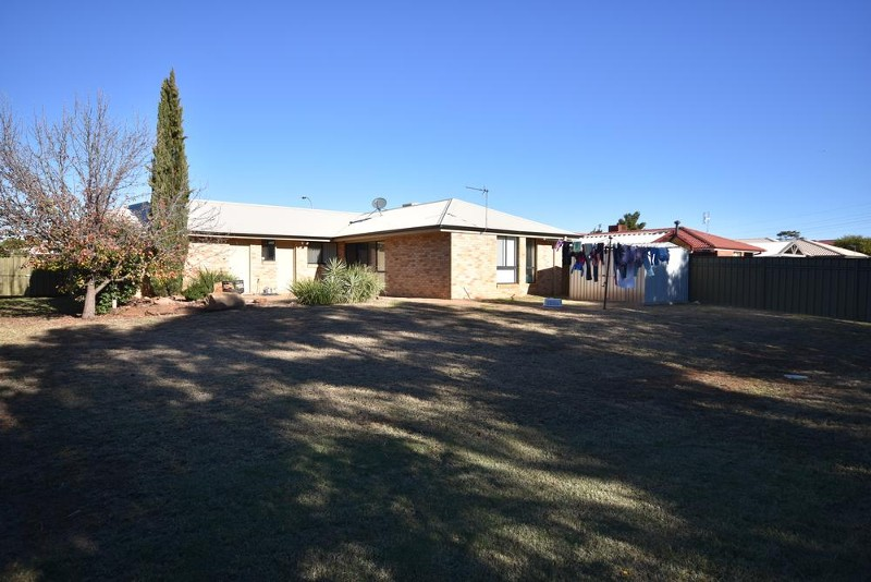 6 Cardiff Arms Ave, Dubbo - House for Sale in Dubbo
