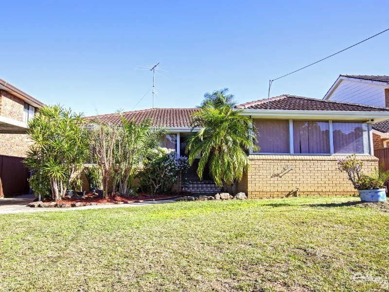 17 Arunta Avenue, Green Valley - House for Sale in Green Valley