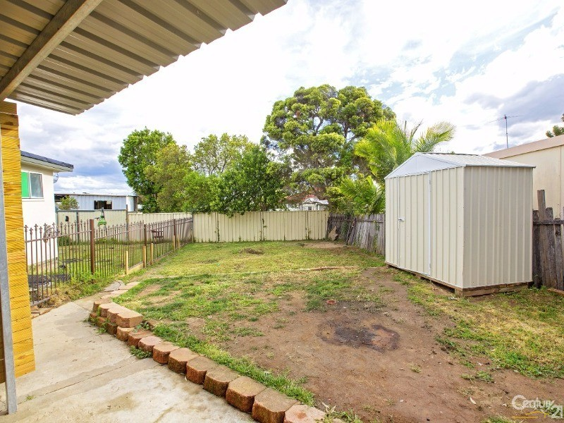 4 Friesian Street, Busby - House for Sale in Busby