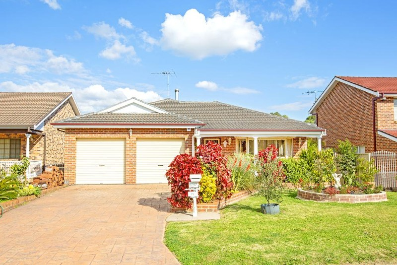 75 Stockdale Crescent, Abbotsbury - House for Sale in Abbotsbury