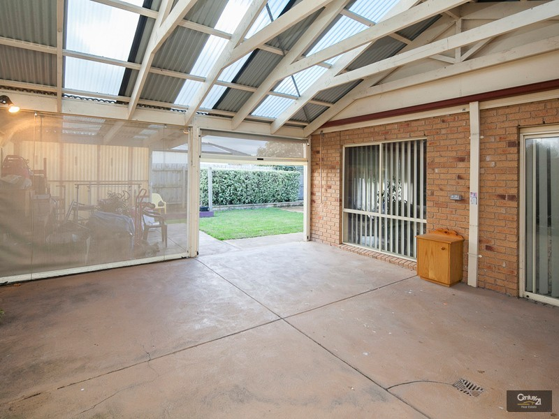 9 Park Boulevard, Pakenham - House for Sale in Pakenham