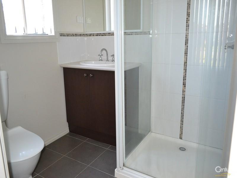 11 Kosta Boda Boulevard, Pakenham - House for Rent in Pakenham