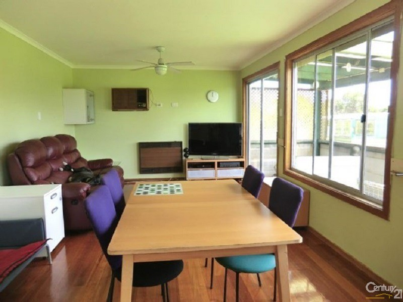 40 Albert Road, Corinella - House for Sale in Corinella