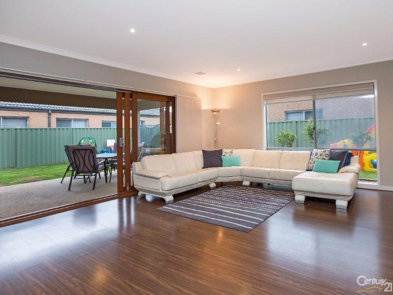 51 Park Orchard Drive, Pakenham - House for Sale in Pakenham