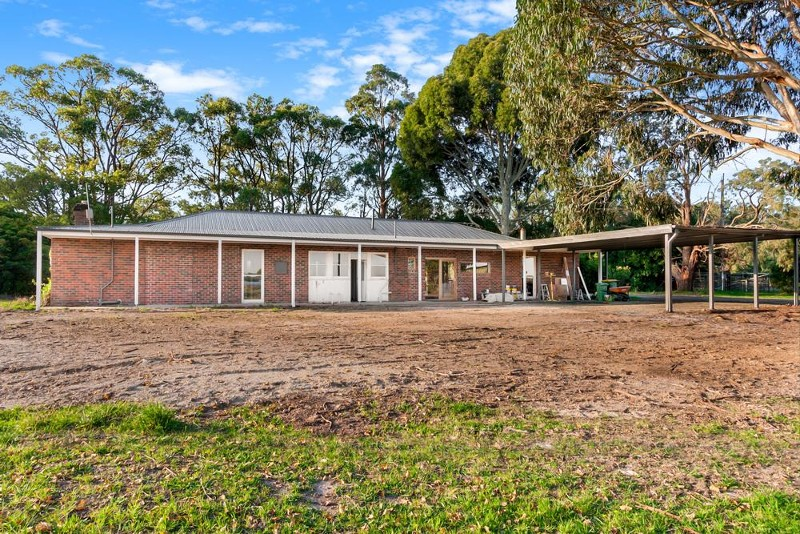 20 Mintern Road, Tynong North - Rural Lifestyle Property for Sale in Tynong North