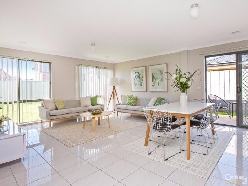 11 Whipbird Court, Pakenham - House for Sale in Pakenham