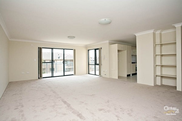 Lounge - 22/52-58 Woniora Road, Hurstville - House for Sale in Hurstville