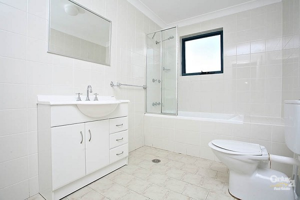 Bathroom - 22/52-58 Woniora Road, Hurstville - House for Sale in Hurstville