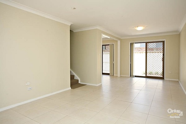lounge - 6/98 Woniora Road, Hurstville - House for Sale in Hurstville