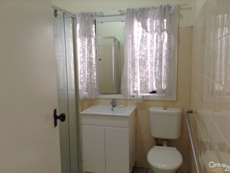 10 Edgar St, Yagoona - House for Rent in Yagoona