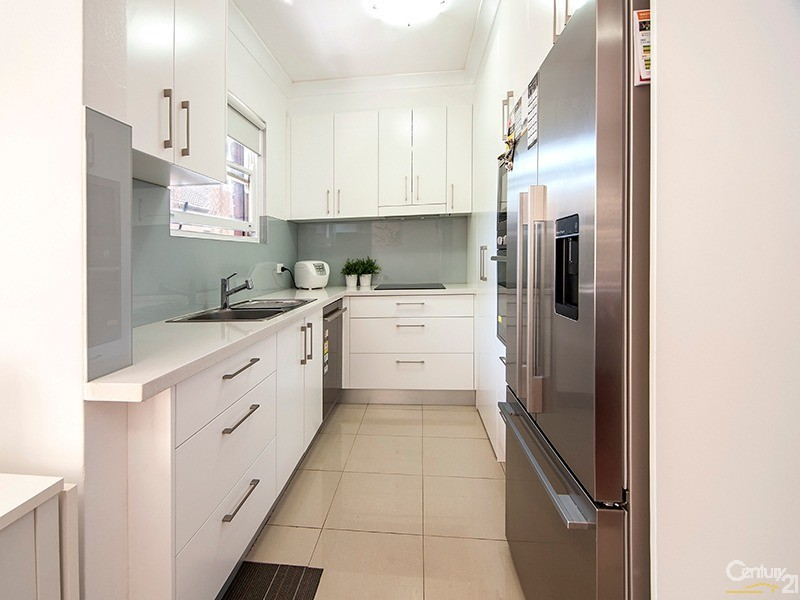 2/9 Kiora Road, Miranda - Apartment for Sale in Miranda