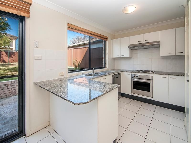 36a Thomas Street , Picnic Point - Duplex for Rent in Picnic Point
