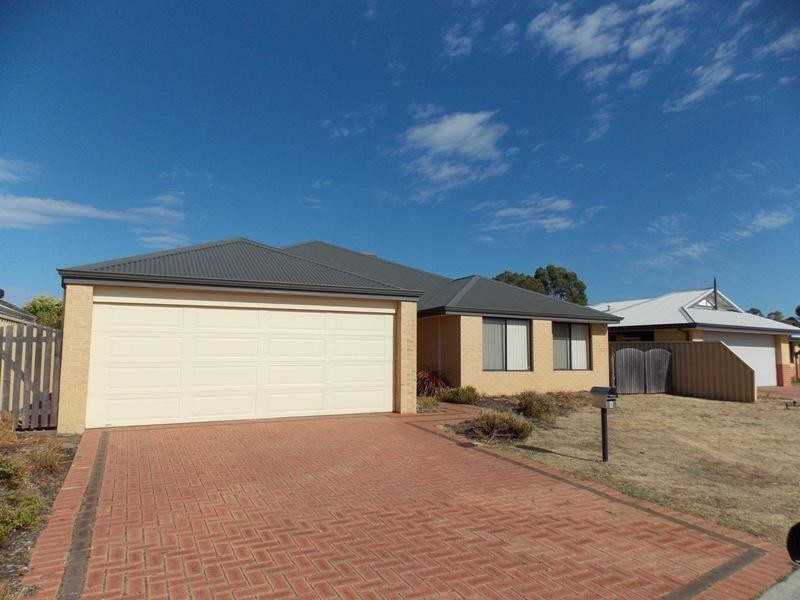 6 Kambany Approach, Dalyellup - House for Rent in Dalyellup