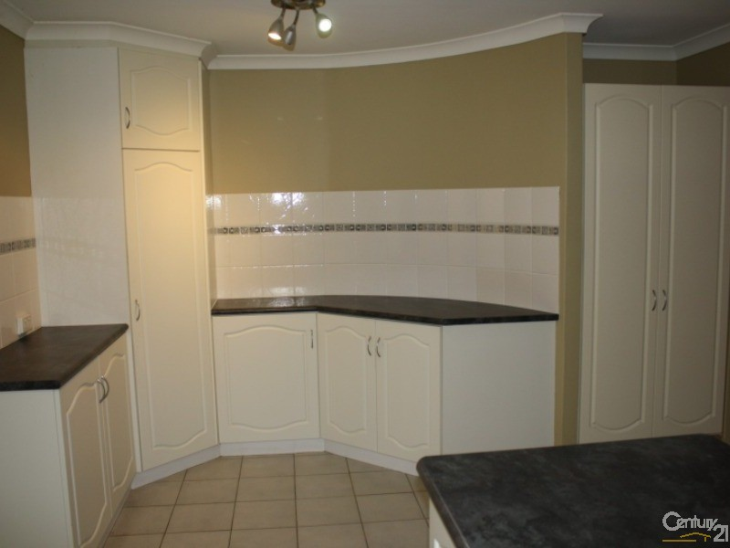 8 Coote Place, Usher - House for Rent in Usher