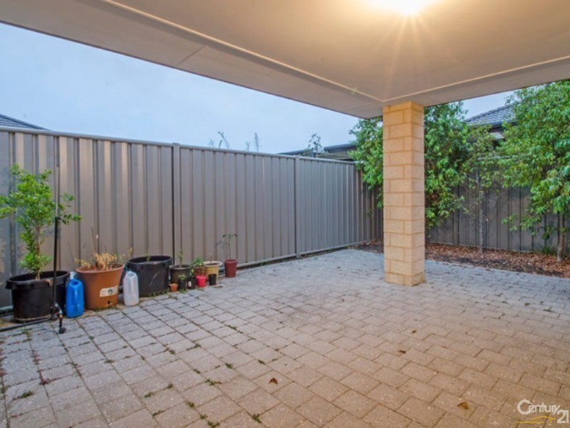 8 Fantail Loop, Eaton - House for Sale in Eaton