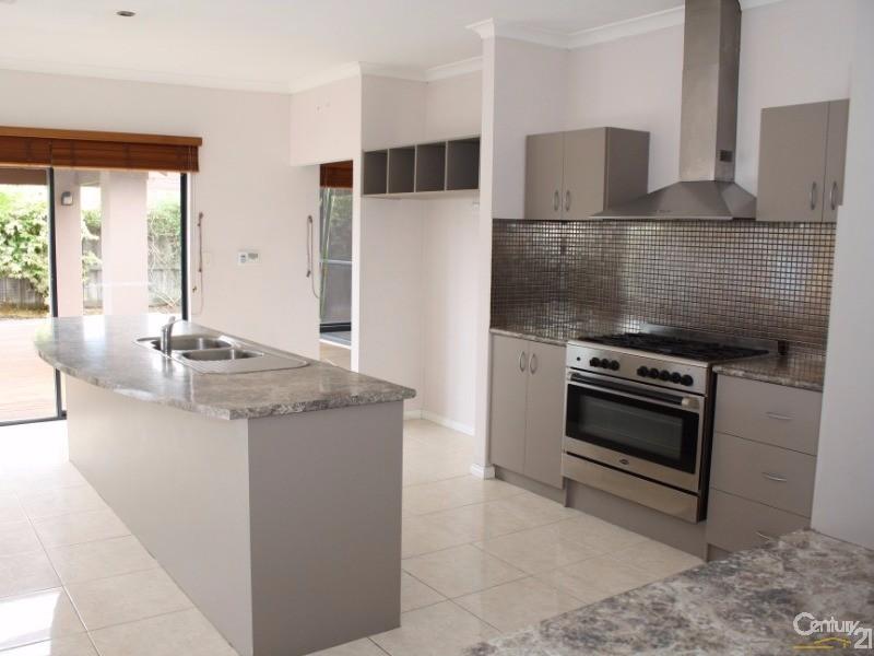 63 Braidwood Drive, Australind - House for Sale in Australind