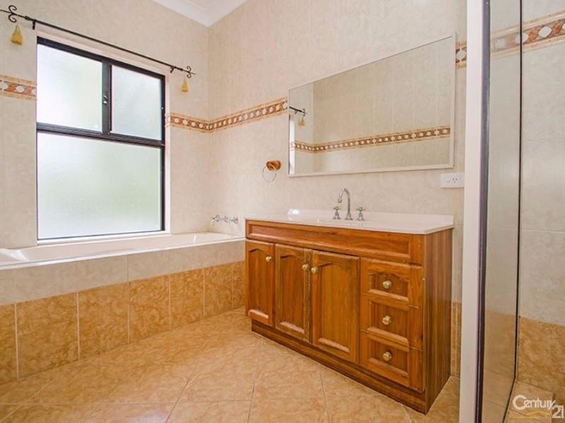 16 Grosmont Glade, Leschenault - House for Sale in Leschenault