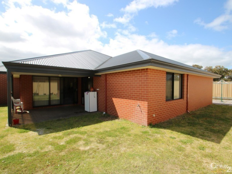 16 Carlingford Court, Australind - House for Rent in Australind