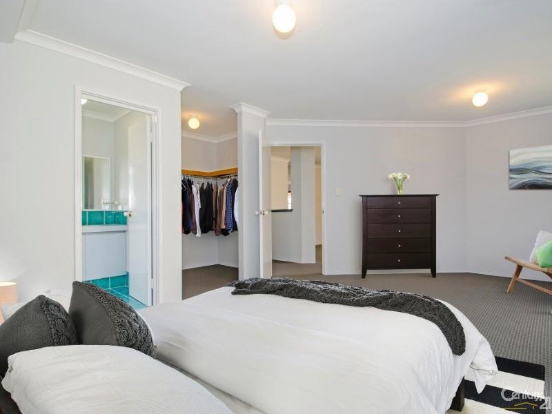 9b Mistletoe Court, Glen Iris - House for Sale in Glen Iris