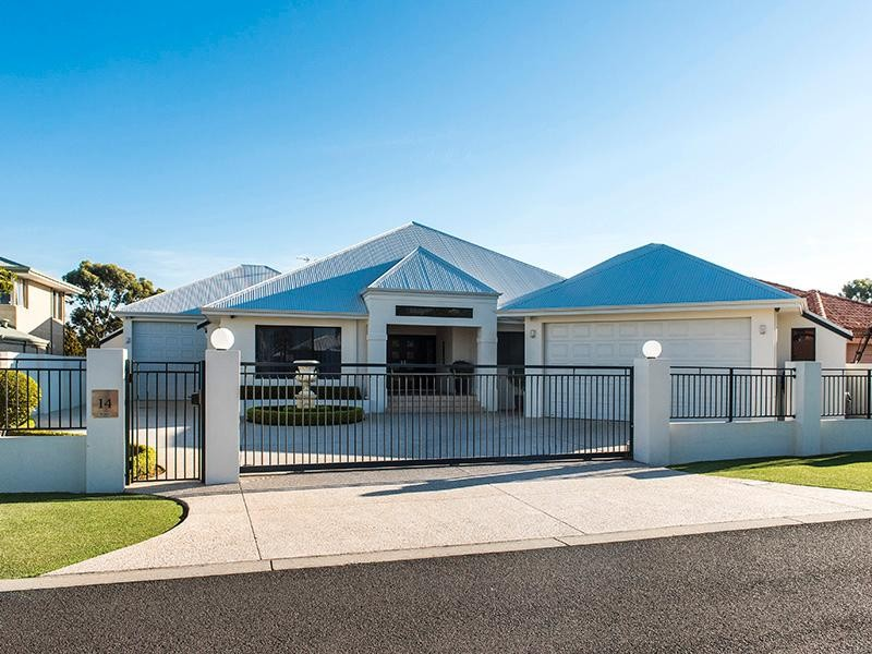 14 Gleneagles Way, Pelican Point - House for Sale in Pelican Point