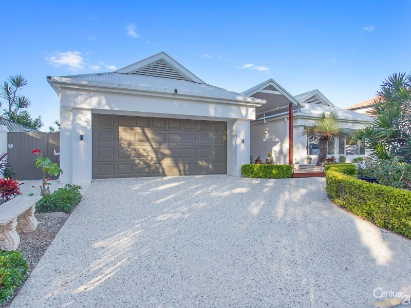 19 Tamarind Place, Twin Waters - House for Sale in Twin Waters