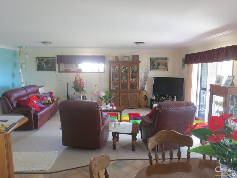 888 Scenic Hwy (#RS), Kinka Beach - House for Sale in Kinka Beach