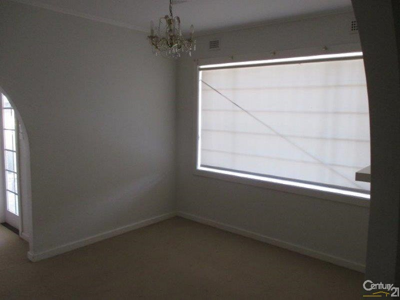 2 Stuart Terrace, Port Augusta - House for Rent in Port Augusta