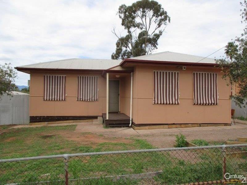 5 Fullerton Crescent, Port Augusta - House for Rent in Port Augusta
