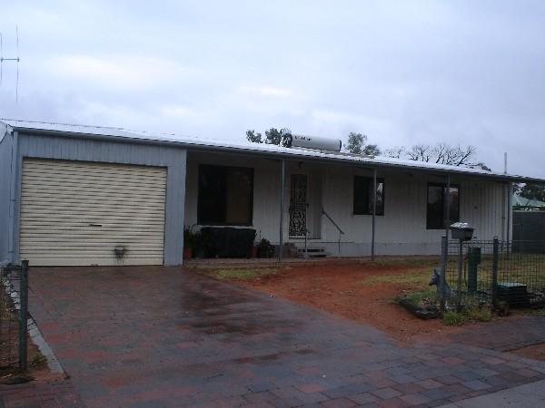 18 Hall Street, Port Augusta - Duplex for Rent in Port Augusta
