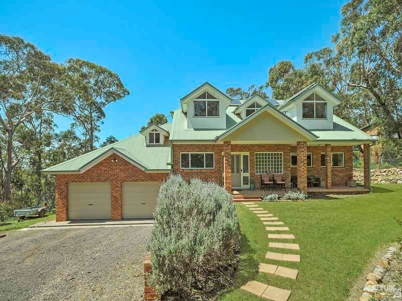 Acre Property In Medlow Bath For Sale