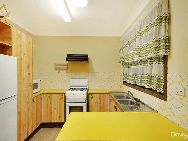 5 Brightlands Avenue, Blackheath - House for Rent in Blackheath