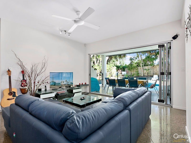 Family living with practical polished concrete floor - 16 Ross Crescent, Sunshine Beach - House for Sale in Sunshine Beach