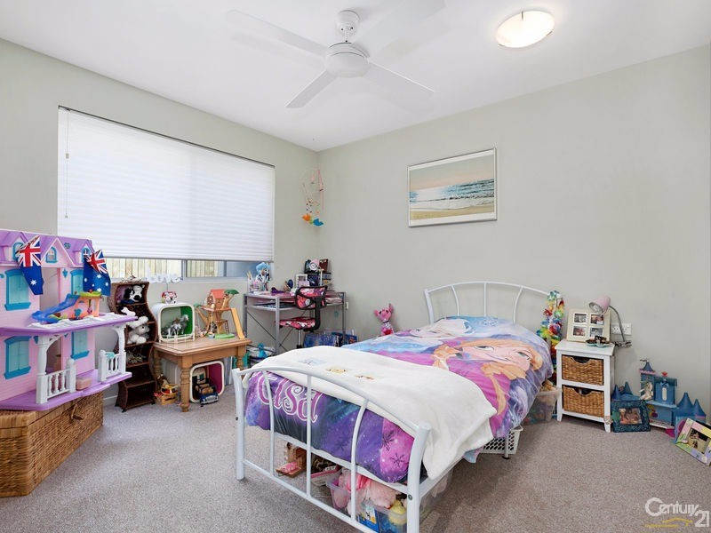 Large 3rd bedroom with built in robes - 16 Ross Crescent, Sunshine Beach - House for Sale in Sunshine Beach