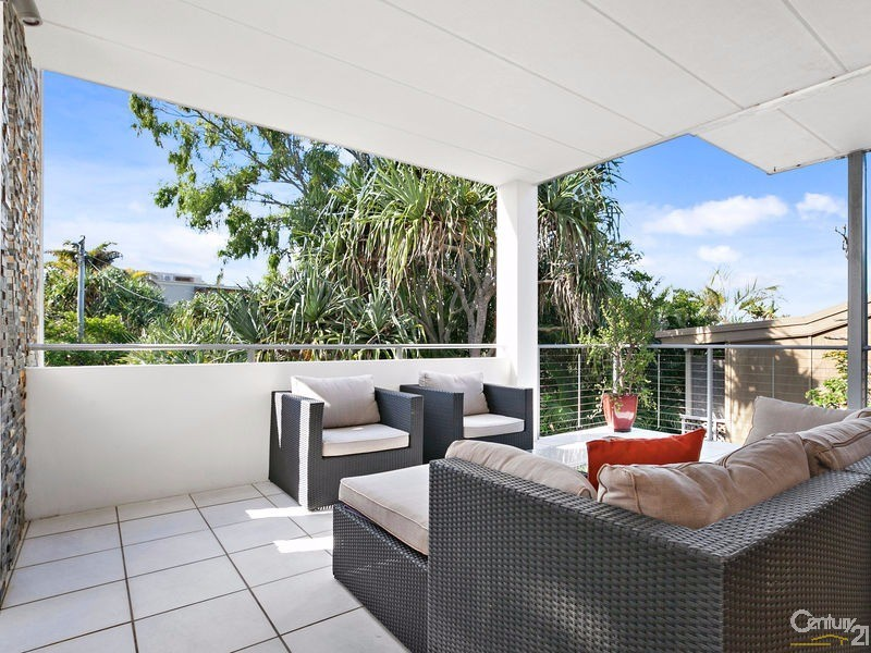 Easterly covered entertaining area off main living - 16 Ross Crescent, Sunshine Beach - House for Sale in Sunshine Beach