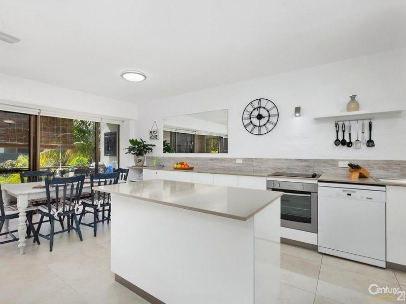 Open plan - 5/28 Viewland Drive, Noosa Heads - Apartment for Sale in Noosa Heads