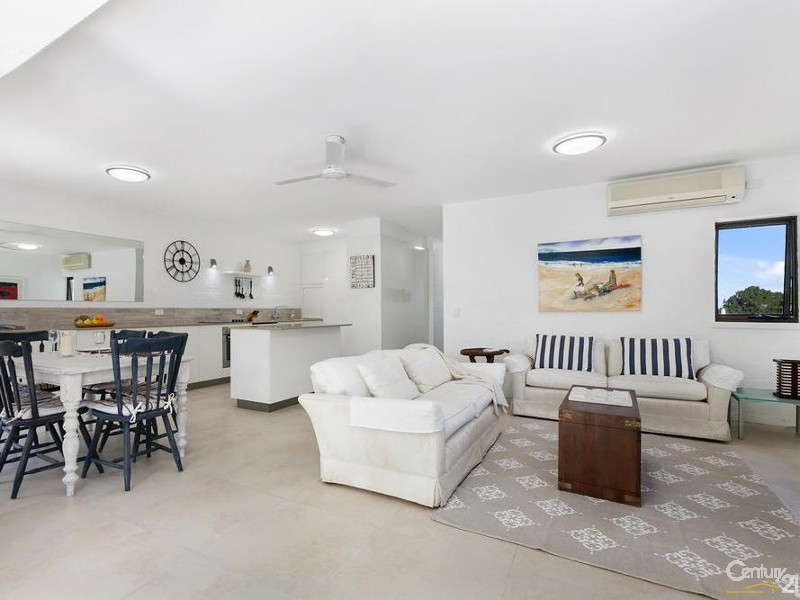 Light & airy living space - 5/28 Viewland Drive, Noosa Heads - Apartment for Sale in Noosa Heads