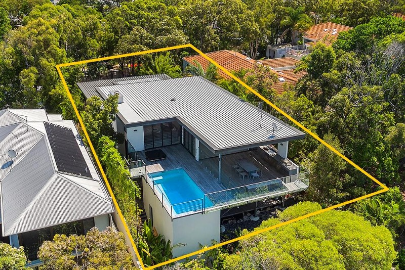 7 elanda street sunshine beach qld 4567 395194 century - Maison architecte queensland tim ditchfield ...