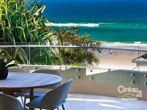 Sunshine beach holiday rentals qld century 21 australia for 63 seaview terrace sunshine beach