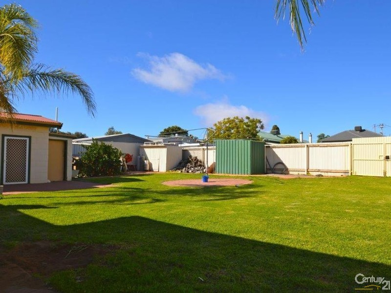 569 Fisher Street, Broken Hill - House & Land for Sale in Broken Hill